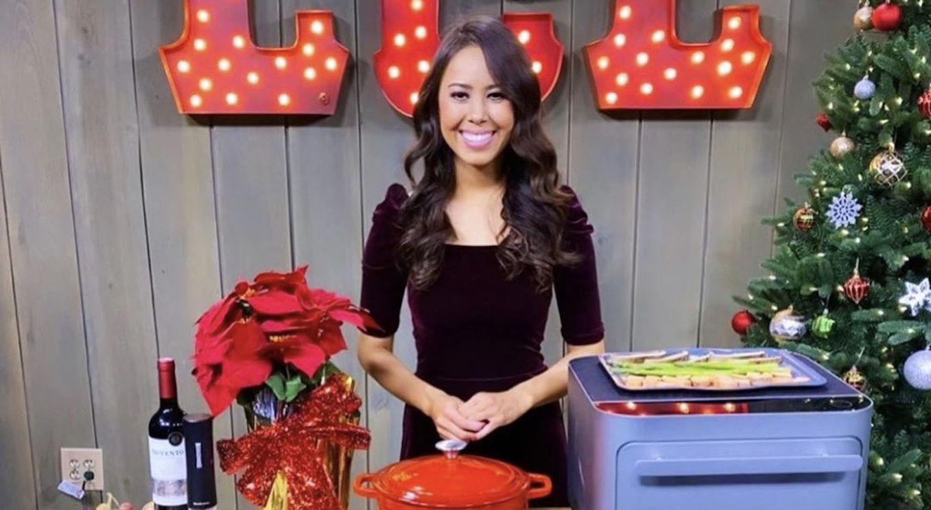 Celebrity Leading Media TV Registered Dietitian Nutritionist Mia Syn