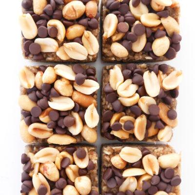 5-Ingredient Dark Chocolate Peanut Butter Oat Squares