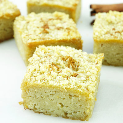 Cinnamon Sugar Cookie Crumble Blondies