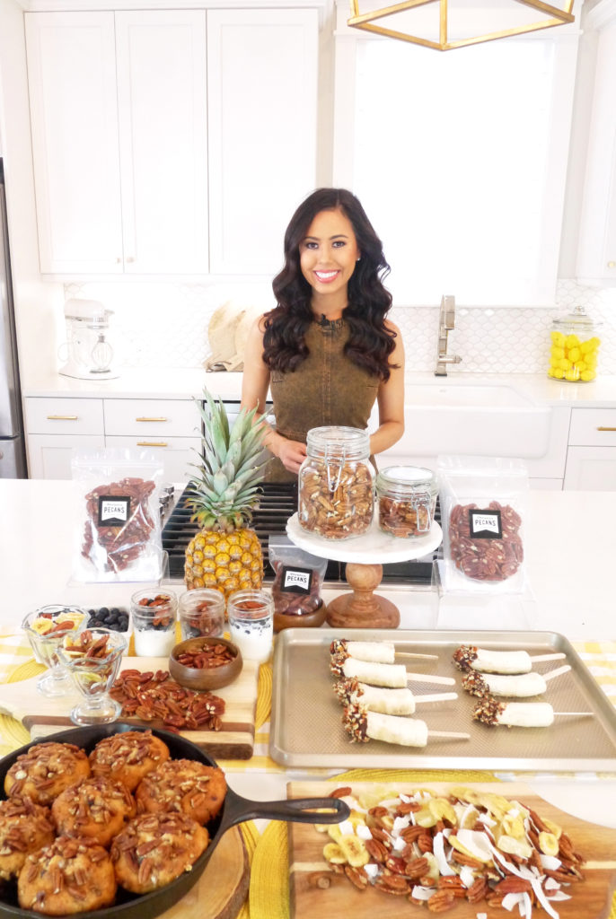 american pecans, Celebrity Leading Media TV Registered Dietitian Nutritionist Mia Syn