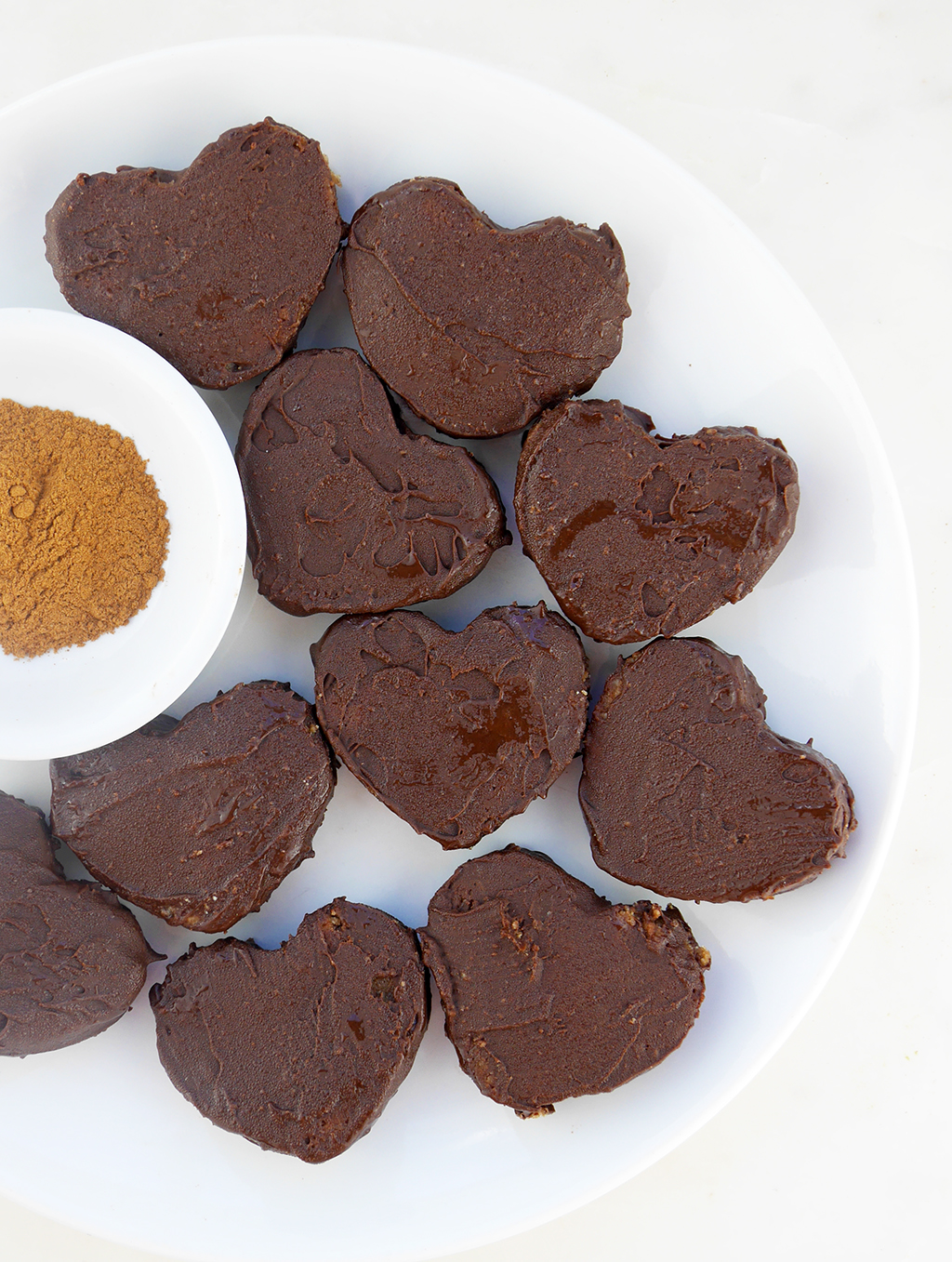 SIMPLY ORGANIC CHOCOLATE COVERED SNICKERDOODLE HEARTS