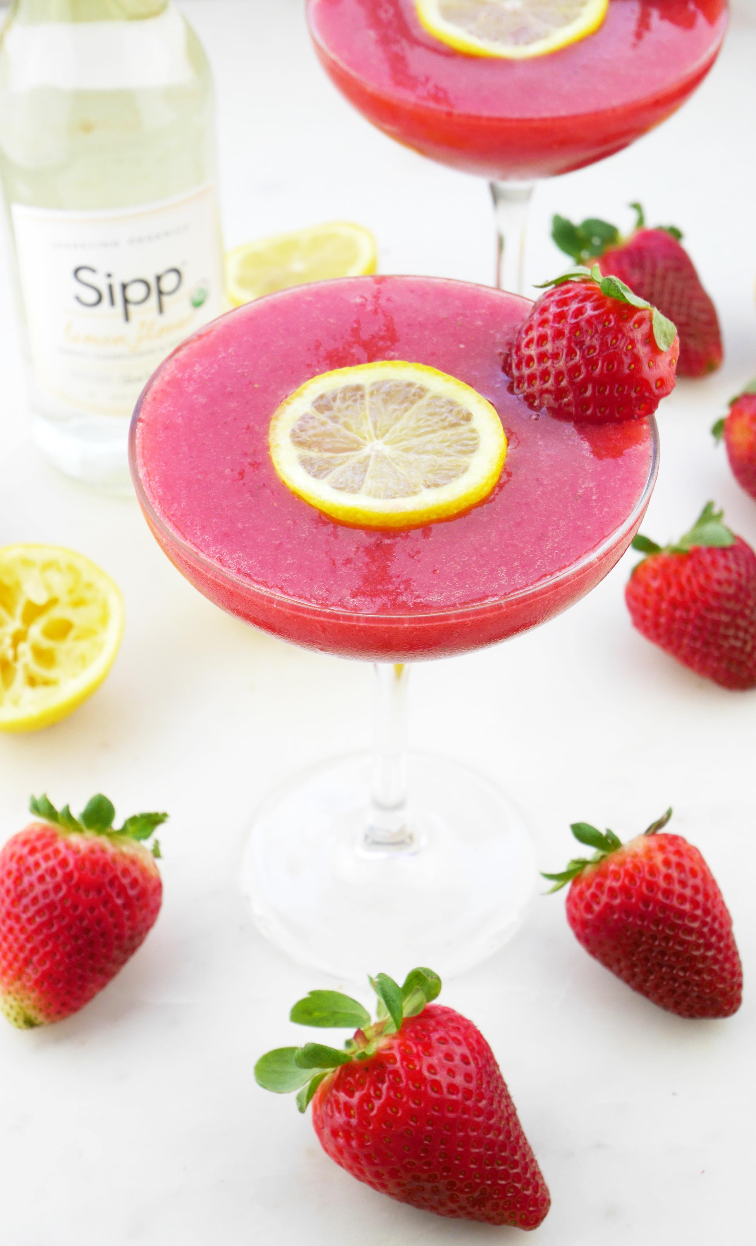 Sipp Lemon Flower Cocktail