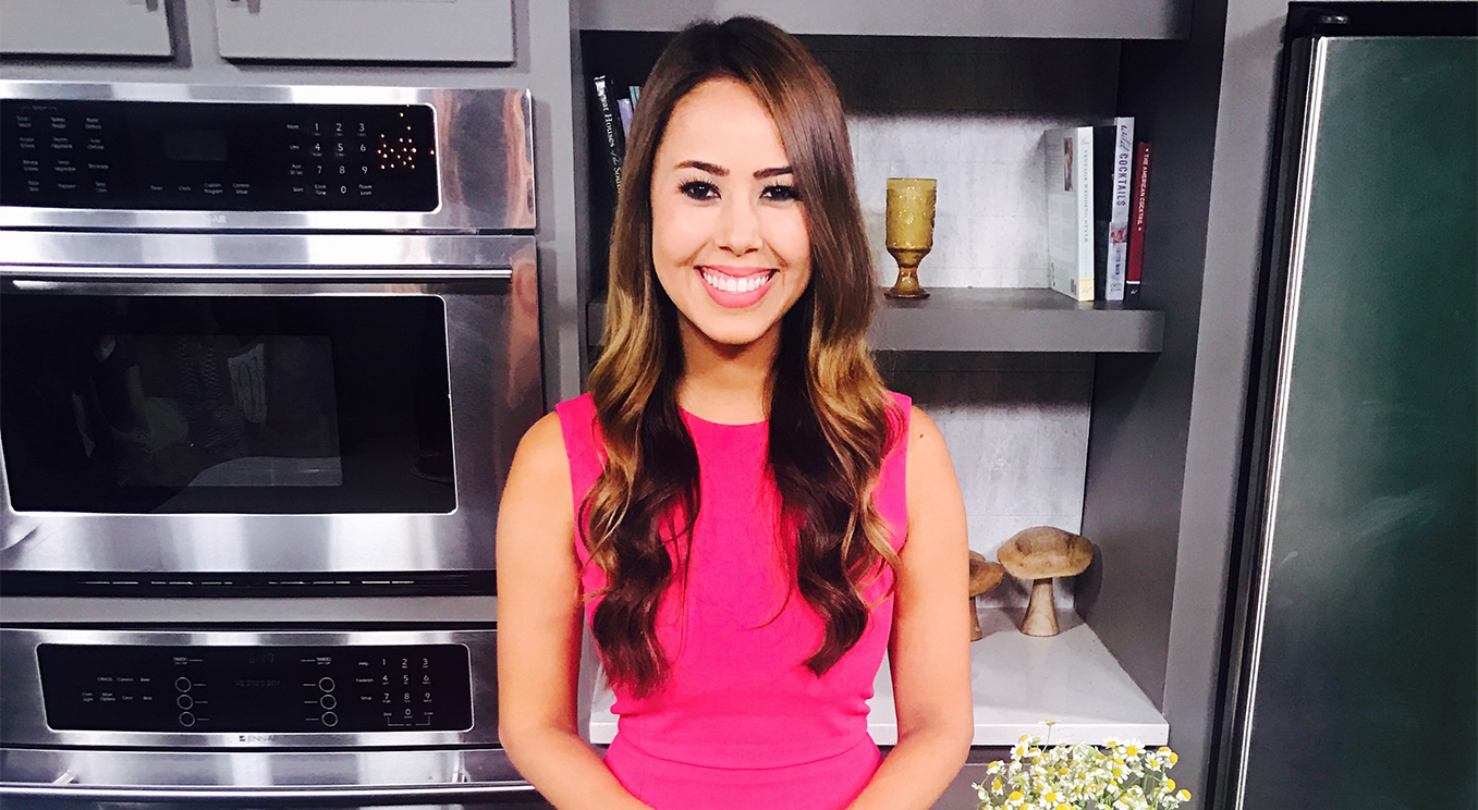Mia Syn Registered Dietitian Nutritionist TV Nutrition Expert