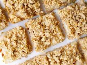 Sparkling Pear Crumble Bars